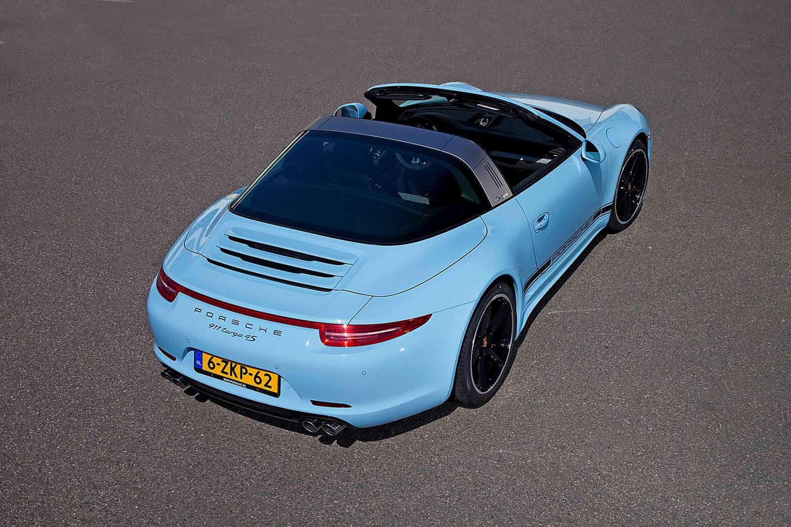 Porsche 911 Targa 4s Exclusive Edition 14 15