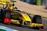 Norbert Haug quita presión a Mercedes GP