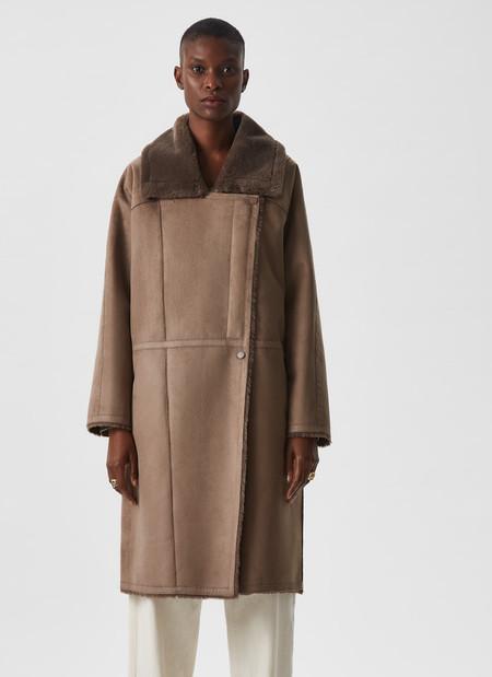 abrigo largo efecto piel
