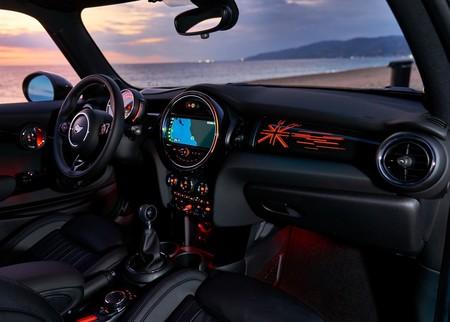 MINI no planea añadir Android Auto a sus coches pronto, a pesar del anuncio de BMW