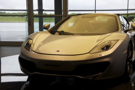 Apple está en conversaciones con McLaren para una posible adquisición o inversión estratégica, según Financial Times