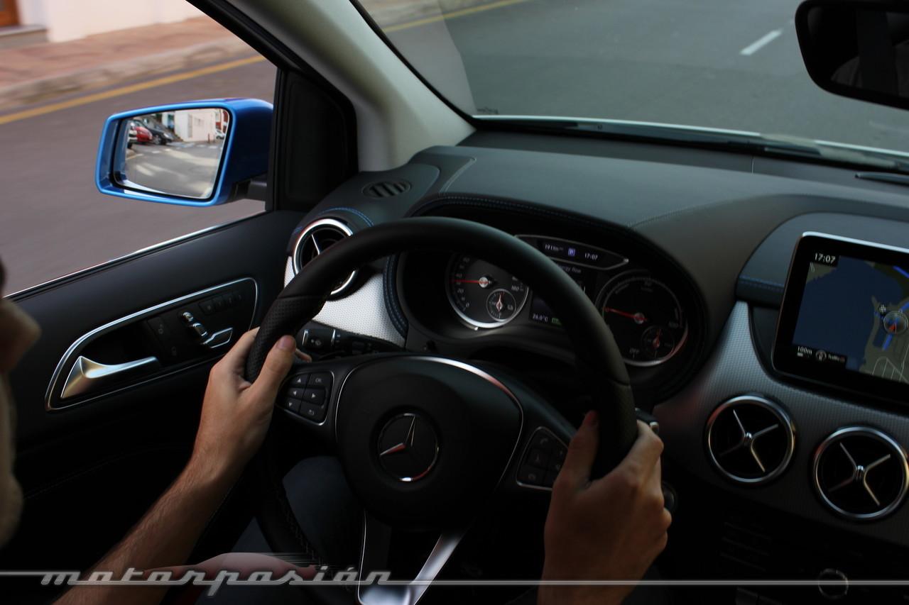 Foto de Mercedes-Benz Clase B 2015 - contacto (31/38)