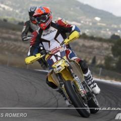 Foto 26 de 63 de la galería albaida-despide-el-campeonato-de-espana-de-supermotard-2011 en Motorpasion Moto