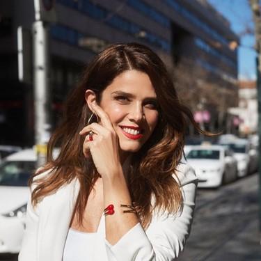 Juana Acosta aprovecha su primera visita a la peluquería para cambiar de look y apostar por las tendencias del momento
