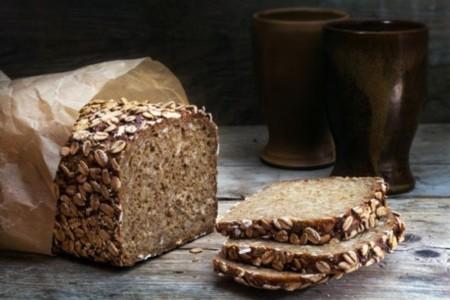 Pan de grano completo, el gran desconocido con mejores propiedades