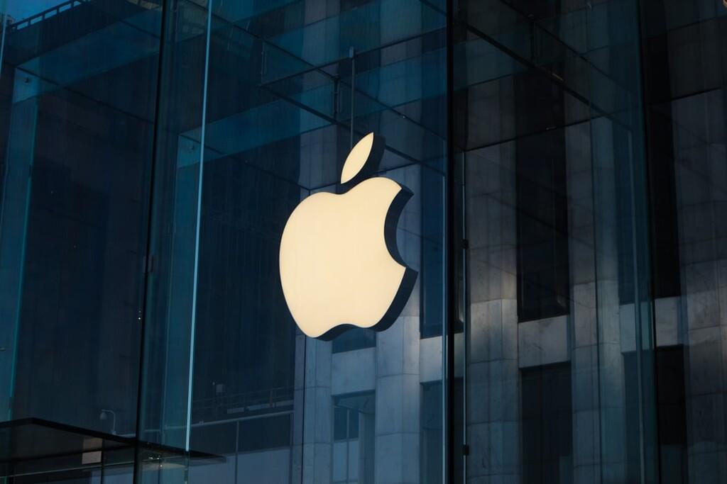 La Comisión Europea acusa oficialmente a Apple de posición dominante y podrá ser condenado por sus prácticas con la App Store y Apple Music