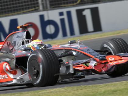 Lewis Hamilton saldrá desde la pole en Melbourne