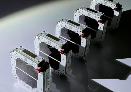 SpaceX adquiere Swarm: así es la startup que construye microsatélites del tamaño de un smartphone