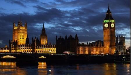 Reino Unido 'multará' a quién no trabaje para ganar más dinero