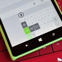 """El teclado de Windows 10 para móviles incluye un """"modo phablet"""" para usarse con una sola mano"""