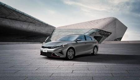 KIA Forte Hatchback 2022 precios versiones y equipo en mexico 6