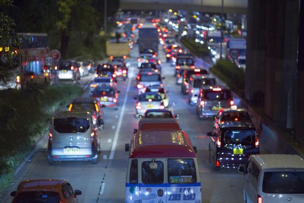 Los planes de España y Europa para terminar con los vehículos de gasolina y diésel