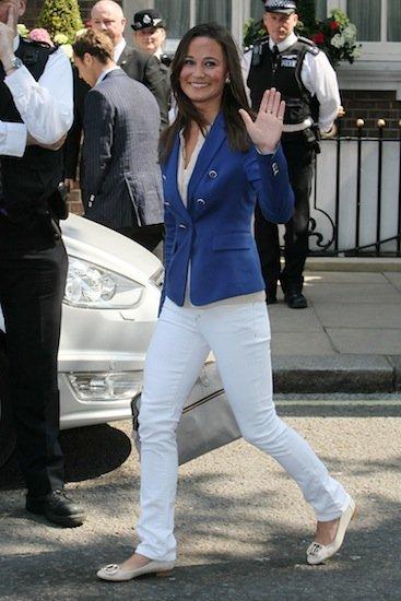 Catherine y Pippa Middleton visten de Zara después de la boda: ¿casualidad o la venta de una imagen?