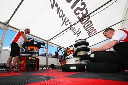Bridgestone cierra un nuevo año de récord en el Campeonato del Mundo de MotoGP