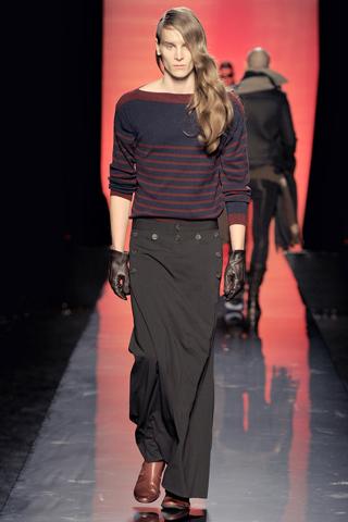 Foto de Jean Paul Gaultier Otoño-Invierno 2011/2012 en la Semana de la Moda de Paris (20/40)