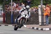 TAS abandona Suzuki y será equipo oficial BMW, Michael Dunlop sin montura