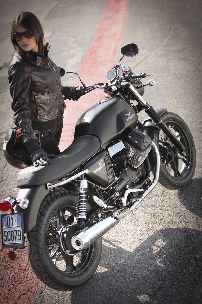 Foto de Moto Guzzi V7 Stone (36/57)