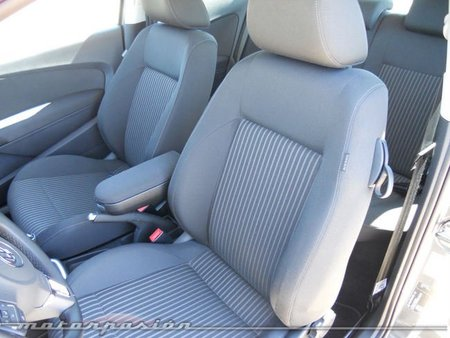 Volkswagen Polo interior 4
