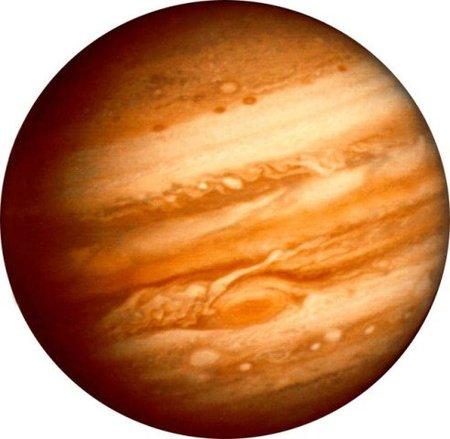 ¿Sería posible atravesar el planeta Júpiter con una nave espacial?