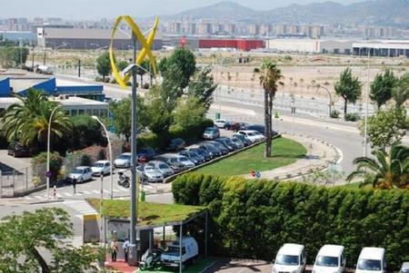 Urban Green Energy y General Electric instalan el primer punto de recarga eólico del mundo en Barcelona