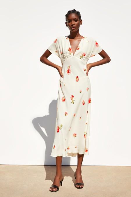 Zara Vestidos Flores 09
