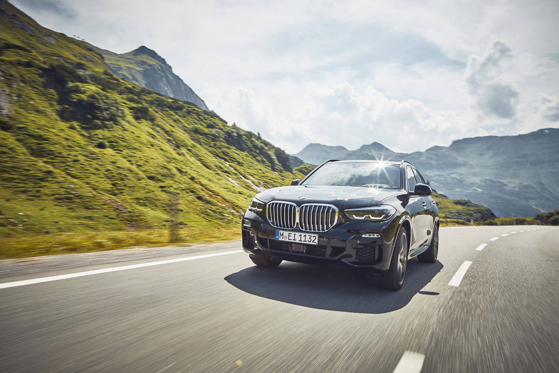 Foto de BMW X5 xDrive45e (1/16)