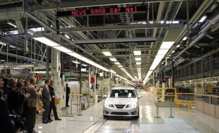Adiós para siempre a Saab (hola, NEVS). Los coches nuevos no podrán utilizar la histórica marca sueca