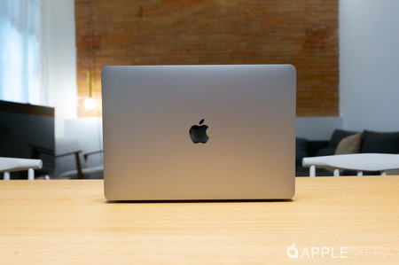 MacBook Air 2019 con procesador Intel Core i5, 8 GB de RAM y 128 GB de SSD por 1.099 euros en Amazon