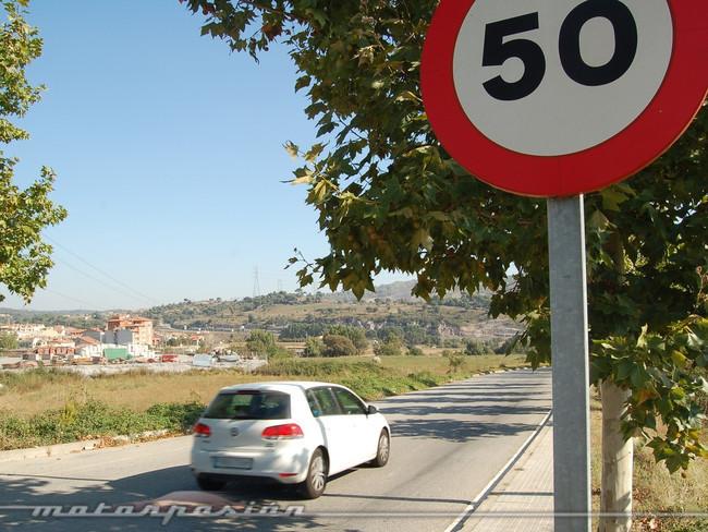 Límites de velocidad en carretera
