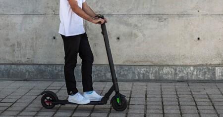 La Fundación Mapfre avisa sobre el riesgo de los patinetes eléctricos: pueden arder si no tomas estas precauciones