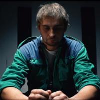 Joven condenado por piratería se salva a cambio de crear un video viral mostrando su arrepentimiento