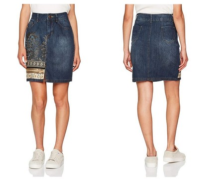 La falda Cathy de Desigual está rebajada a 23,99 euros en Amazon