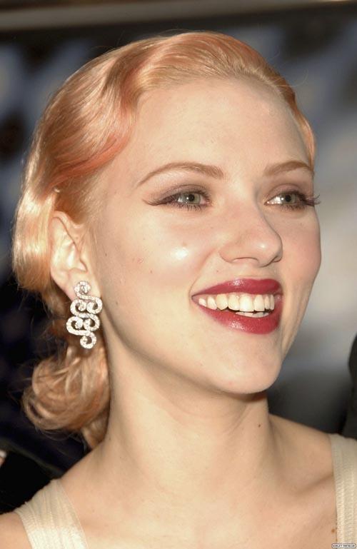 Foto de Peinados navideños, por Scarlett Johansson (2/9)