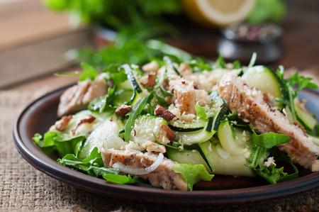Domina el arte de preparar ensaladas realmente balanceadas