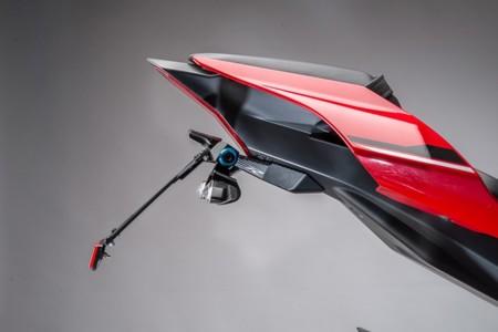 Portamatrículas para la Yamaha YZF-R1 por Lightech