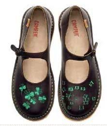 Zapatos gemelos de Camper: no son iguales