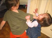 ¿Sabes reconocer el acoso cuándo ocurre entre hermanos?