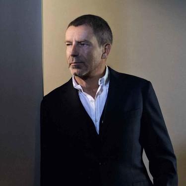Después de 17 años, Tomas Maier deja la dirección creativa de Bottega Veneta