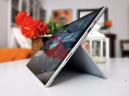 Surface Pro 7 Plus 11
