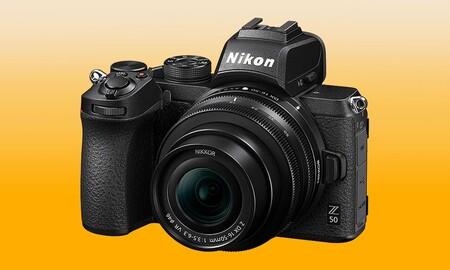 Amazon tiene superrebajada la sin espejo Nikon Z50 con objetivo 16-50mm. Llévatela por 679 euros