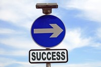 ¿Por qué es necesario tener en cuenta el coste de oportunidad al valorar un proyecto empresarial?