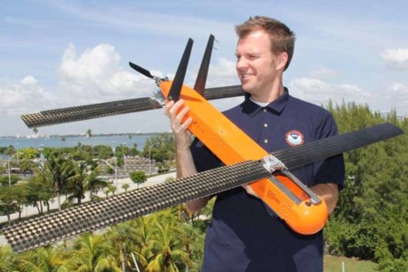 Coyote es un dron que se va a sacrificar dentro de un huracán para ayudarnos a conocerlos mejor