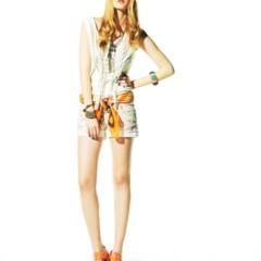 Foto 18 de 22 de la galería bershka-lookbook-de-abril-primavera-2011-mas-color-en-las-tiendas en Trendencias