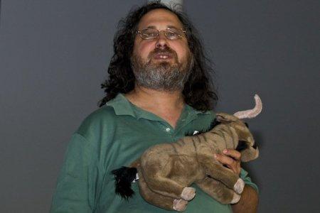 """Richard Stallman: """"Apple es el enemigo público número uno"""""""