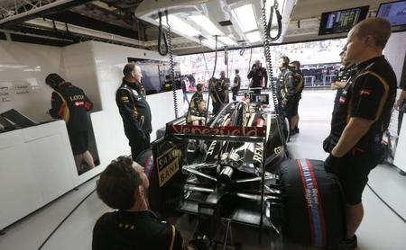 El equipo Lotus interesado en los motores Mercedes
