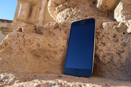 Moto G5 Plus tras un mes de uso: la guinda del pastel está en la experiencia de uso, no en la cámara