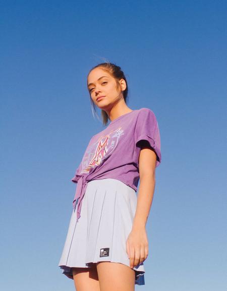 Este verano vas a querer ser María Sharápova: las minifaldas plisadas de tenista son tendencia, y el street style nos lo demuestra