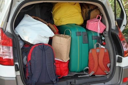 ¿Cómo influye la carga en la estabilidad del coche?