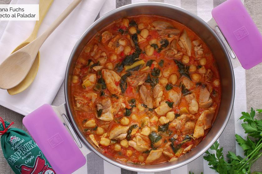 Guiso de pollo con garbanzos al pimentón: receta de cuchara