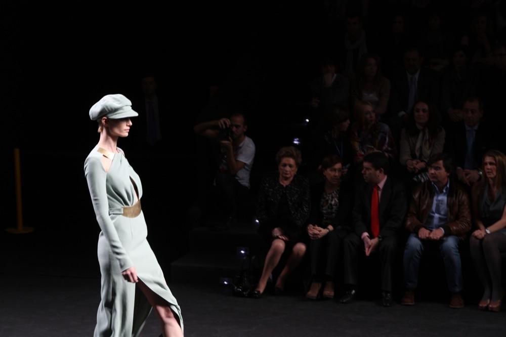 Foto de Jesús del Pozo en la Cibeles Fashion Week Otoño-Invierno 2011/2012 (29/71)